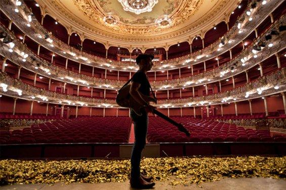 Fito presenta una nueva gira de teatros