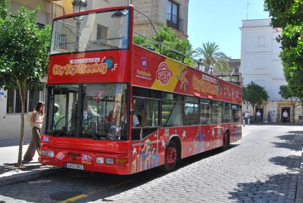 Jerez tiene su servicio de bus panorámico y turístico