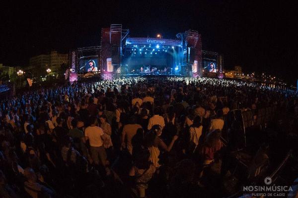 Así de bien se pone el No sin Música en Cádiz